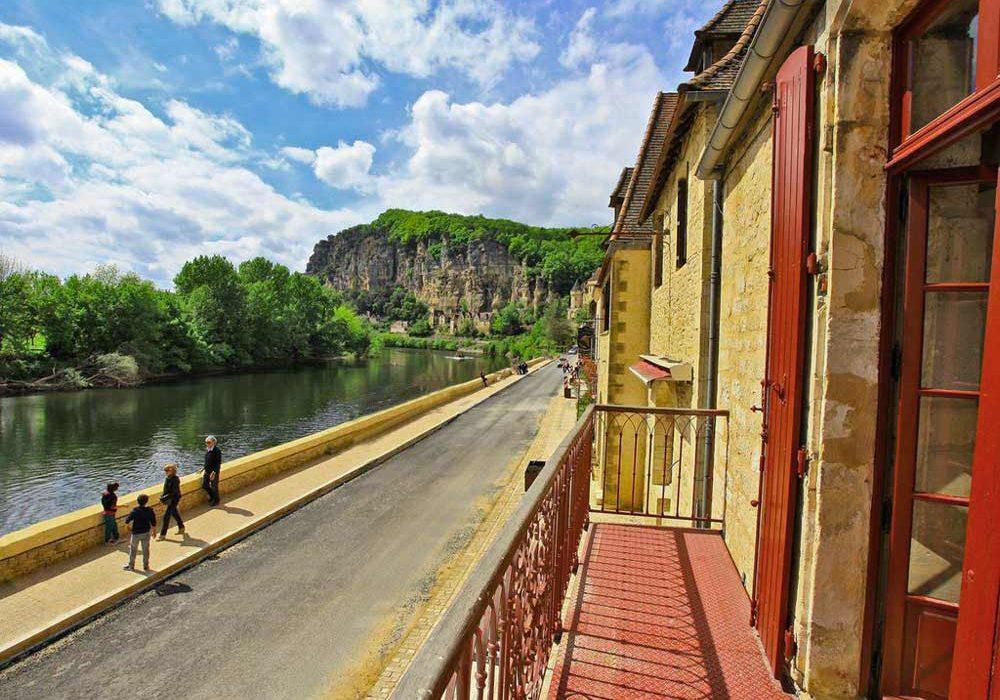 Gite de charme à La Roque Gageac, la maison du gabarrier